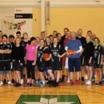 Aizvadīts pirmais Jura Aruma piemiņas turnīrs basketbolā