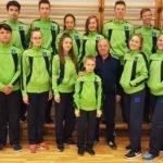Alojas Ausekļa vidusskolas skolēniem jauni sporta parādes tērpi