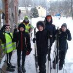 Jaunsargi devās slēpošanas pārgājienā
